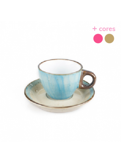 Xícara de Café de Porcelana com Pires